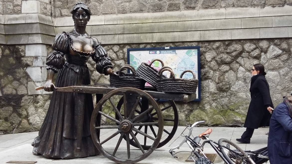Molly Malone, the Tart with a cart